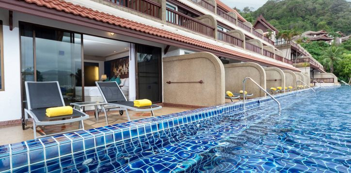 novotel-phuket-resort-deluxe-pool-access-intro2-2